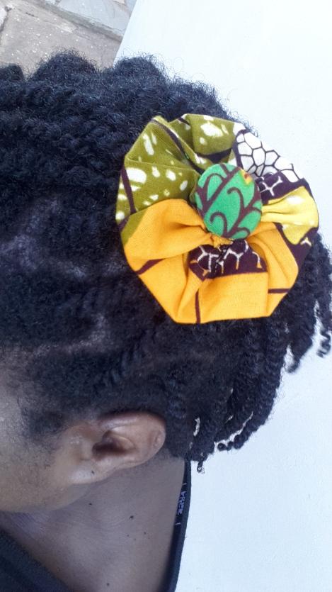 Chitenge flower close up.